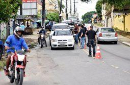 61 veículos são removidos durante operação na zona oeste de Manaus