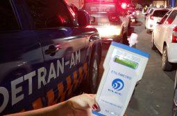 32 motoristas são flagrados dirigindo sob efeito de álcool no final de semana