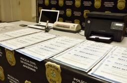 Polícia Civil e Detran-AM prendem trio investigado por falsificar certificados de Curso de MOPP