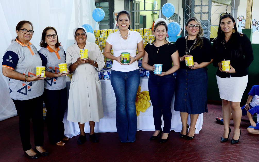 Detran e FPS doam mais de 600 latas de leite para entidades sociais em Manaus
