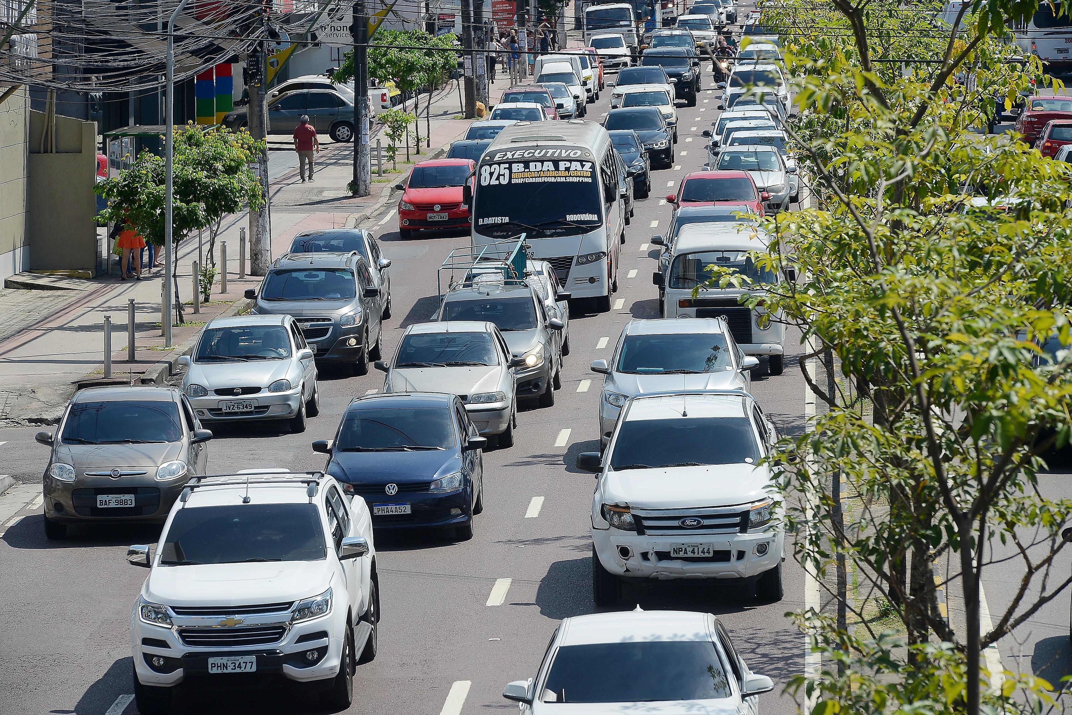 Proprietários de veículos com placas de final 9 têm até 29 de novembro para pagamento do IPVA